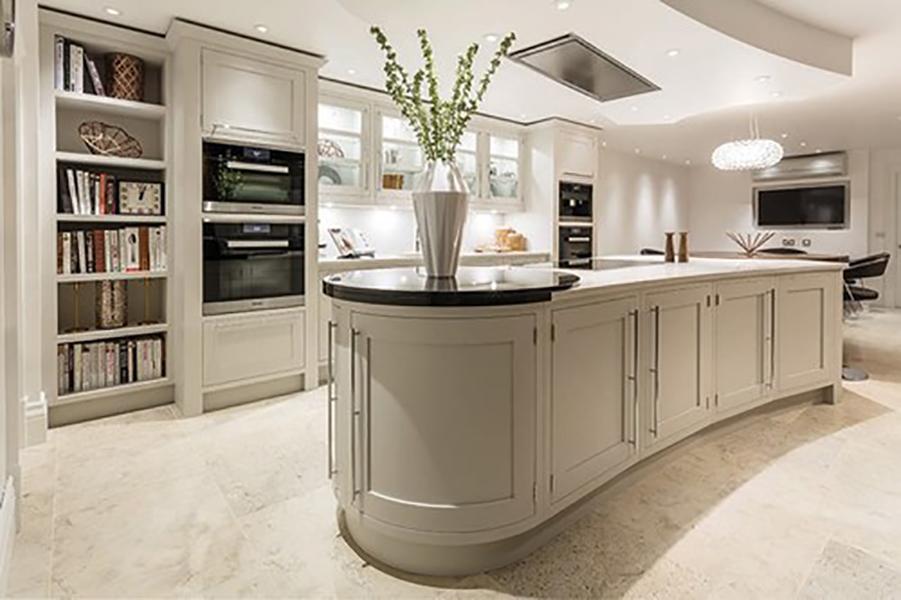 Byron Burford Design Kitchen Curved Island
